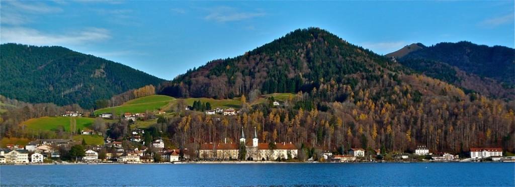 Typisch bayerisch: Kloster Tegernsee