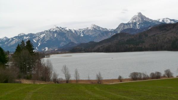 Bayerische Alpen mit Schnee