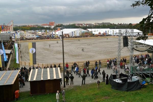 Historisches Oktoberfest mit Pferderennen