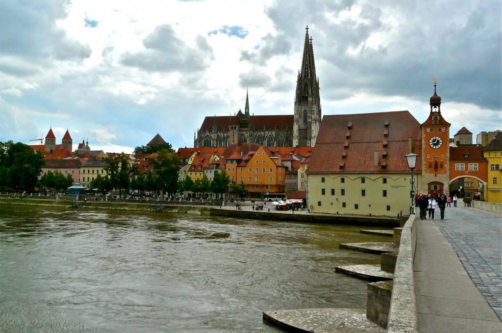 Regensburg Altstadt und Steinerne Brücke